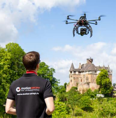 Luftaufnahmen-Drohne-motion concept